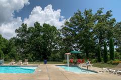 Lodges-at-Table-Rock-Lake-kiddie-pool-scaled